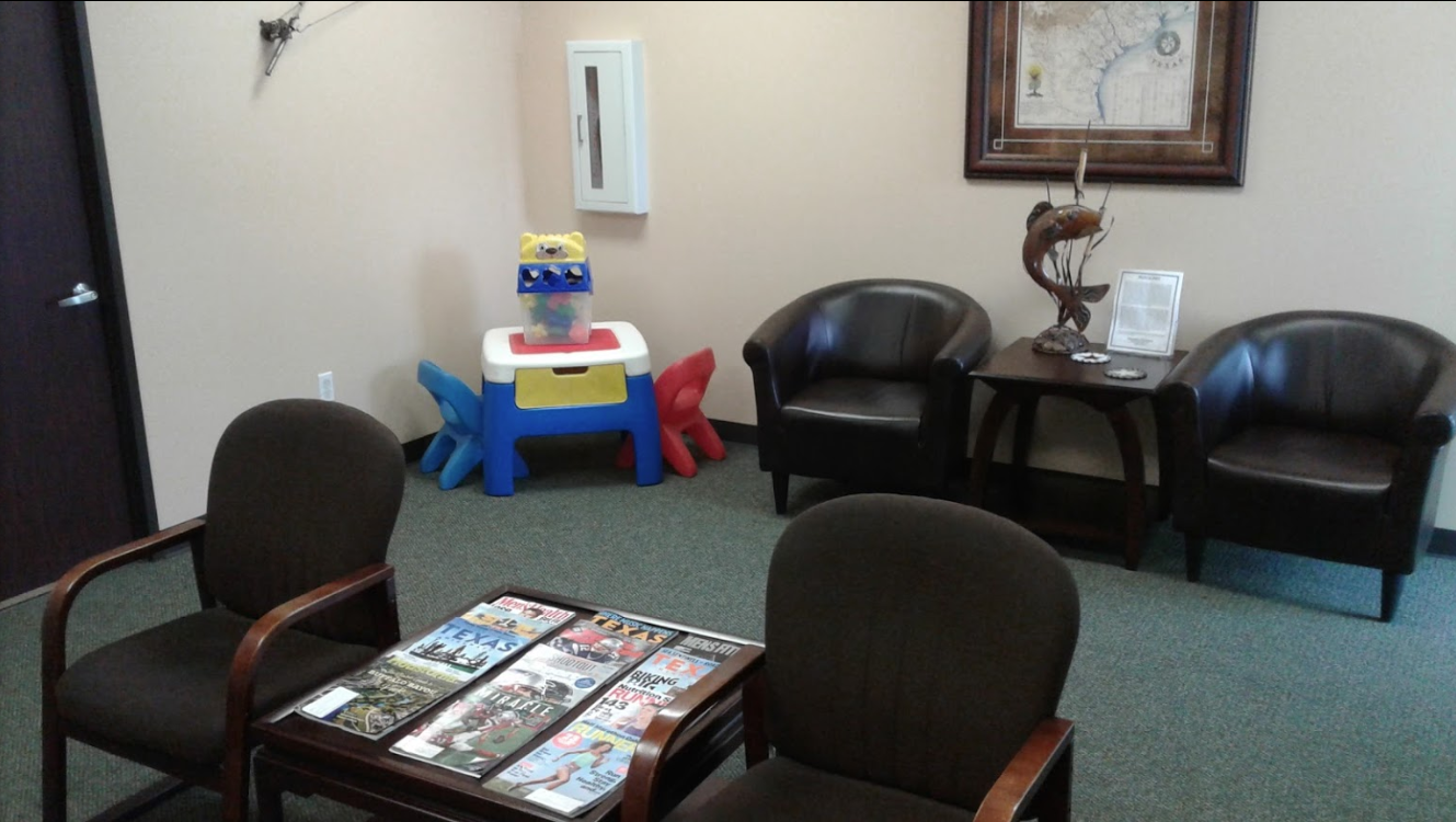 Davenport Chiropractic waiting room